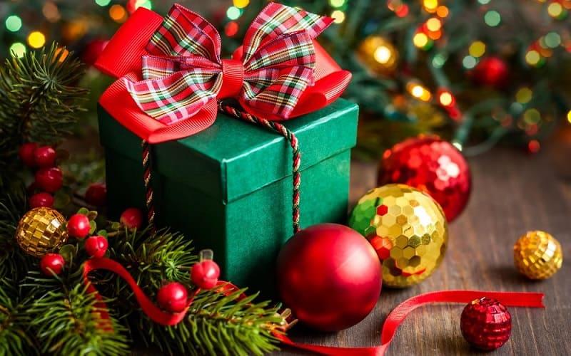 Лучшие способы заработать на Новогодних праздниках