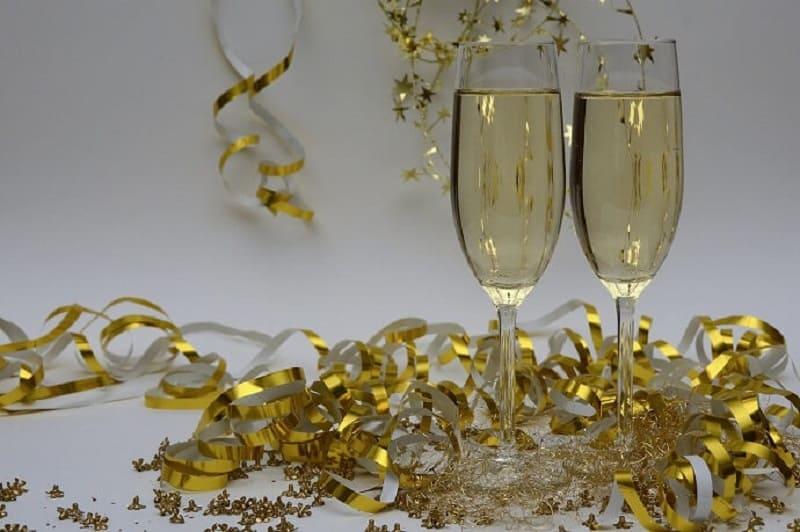 Новогодние традиции по всему миру - способы отметить Новый год